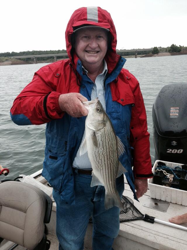 Fishing for hybrid striper on skiatook lake for Skiatook lake fishing report