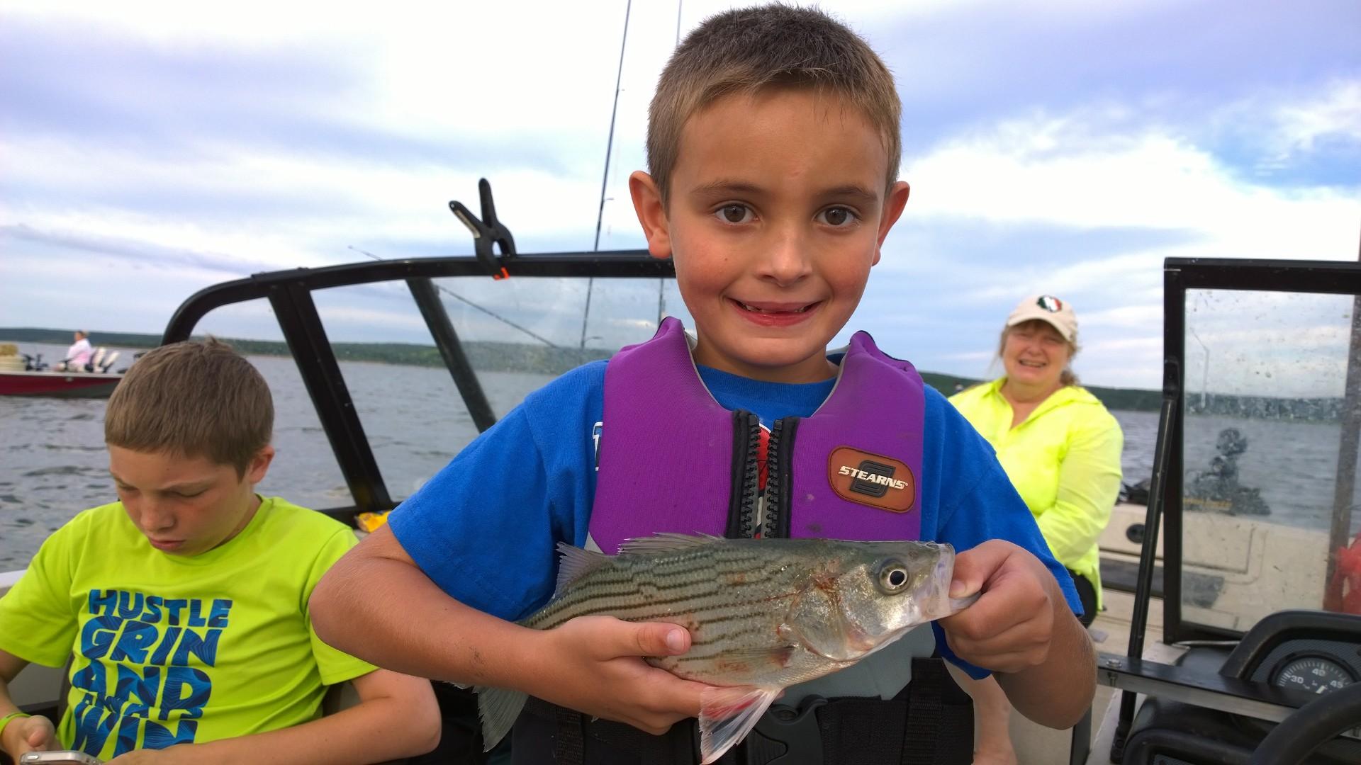 June 8th skiatook lake fishing for hybrid striper pray for Skiatook lake fishing report