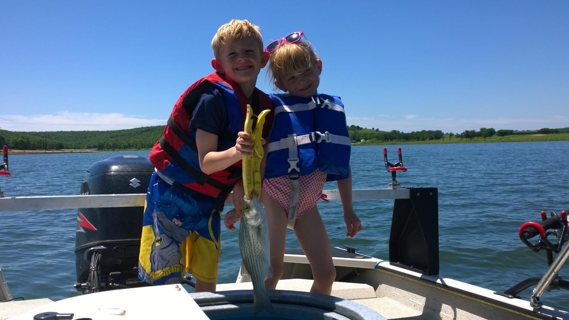 June 8th 2015 skiatook lake fishing for hybrid striper for Skiatook lake fishing report