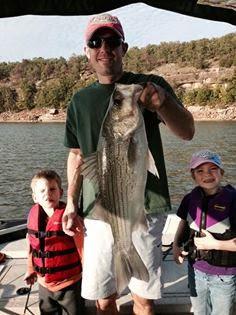 Skiatook lake hybrid striper and white bass for Skiatook lake fishing report
